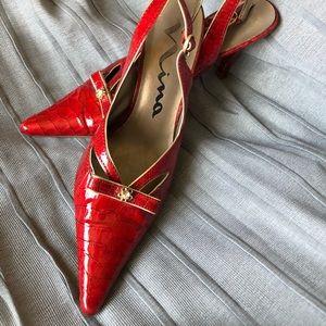 Nina vintage red snake skin pointed toe heels